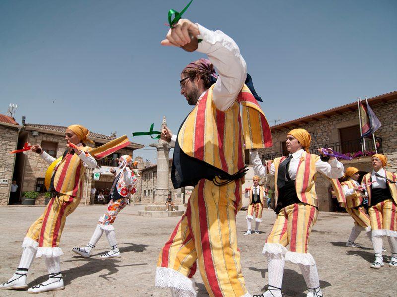 Danzantes de la Virgen del Pinar @ Galve de Sorbe