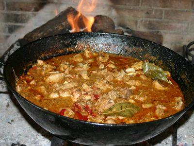 gastronomia-8-caldereta-cordero